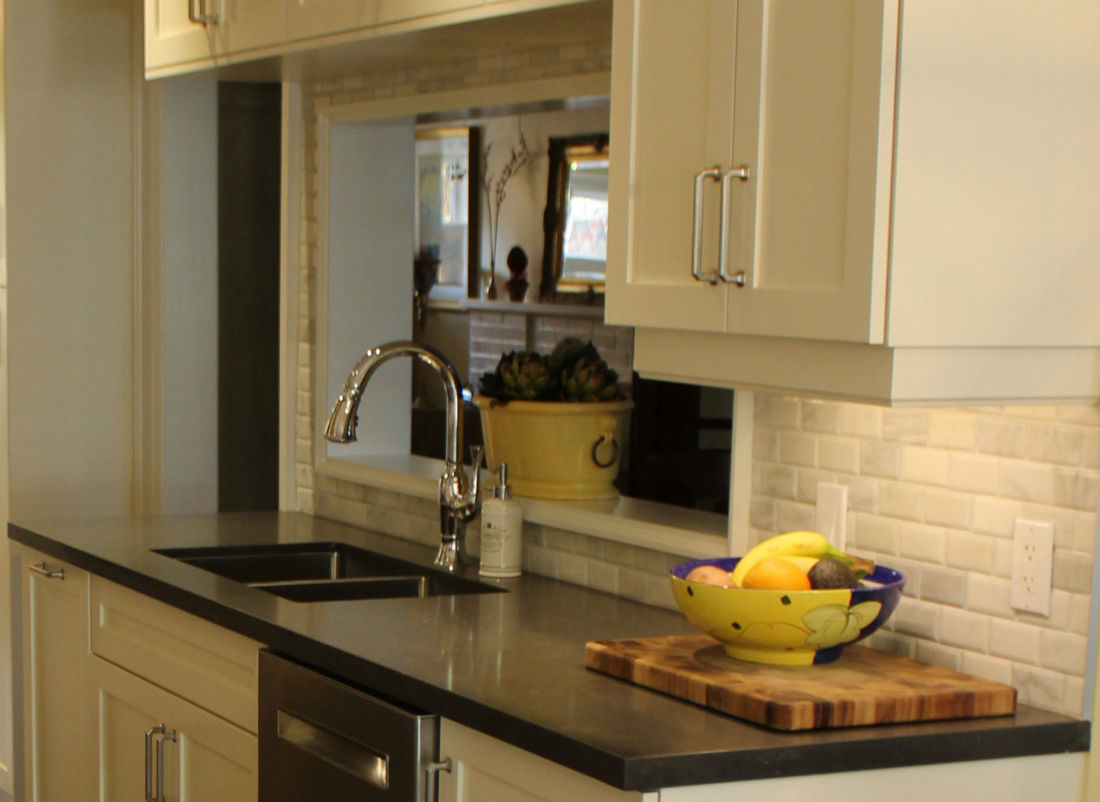 Backsplash Tiles Edged