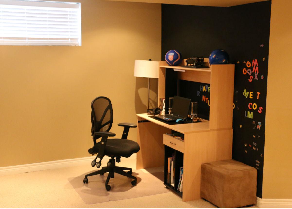 Basement Recreation Room Desk
