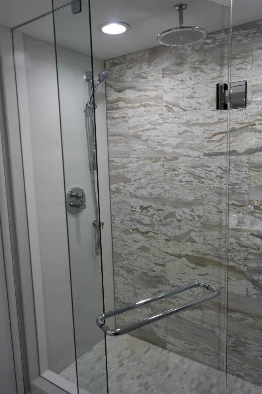 Bathroom Glass Shower Rainhead