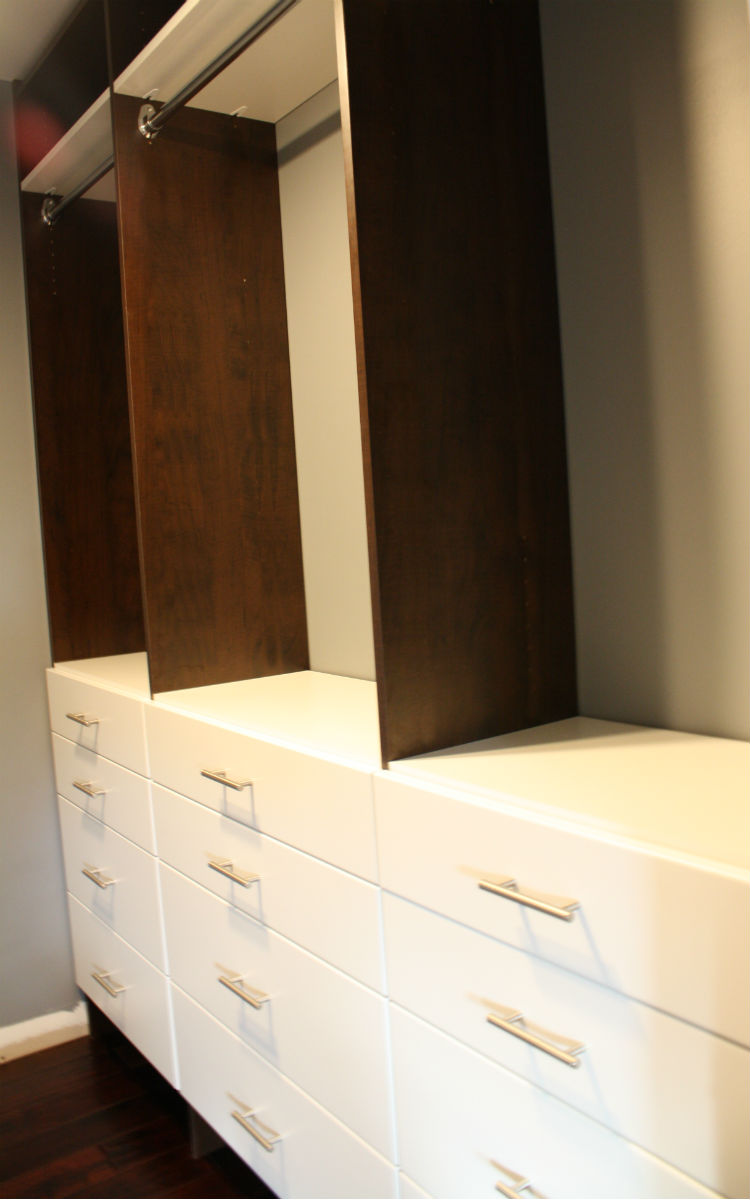 Cabinet Maker Two Tone Shelves