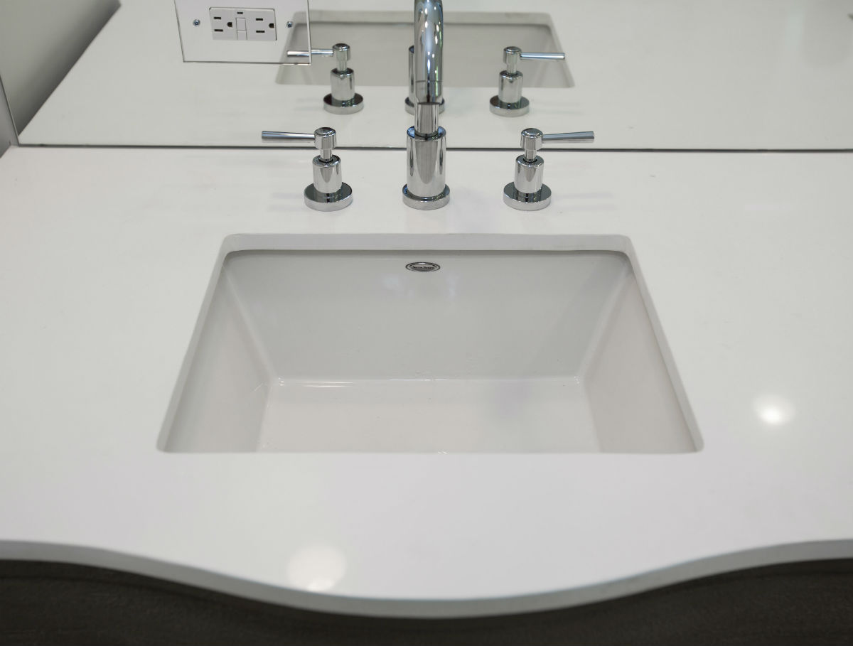 White Rounded Countertop