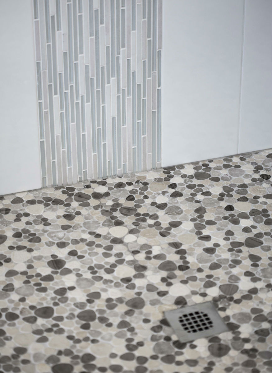 Shower Pebble Pattern Tiles