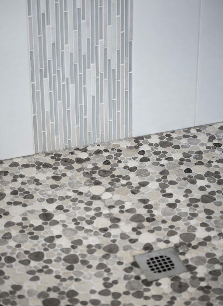 Shower Pebble Pattern Tiles