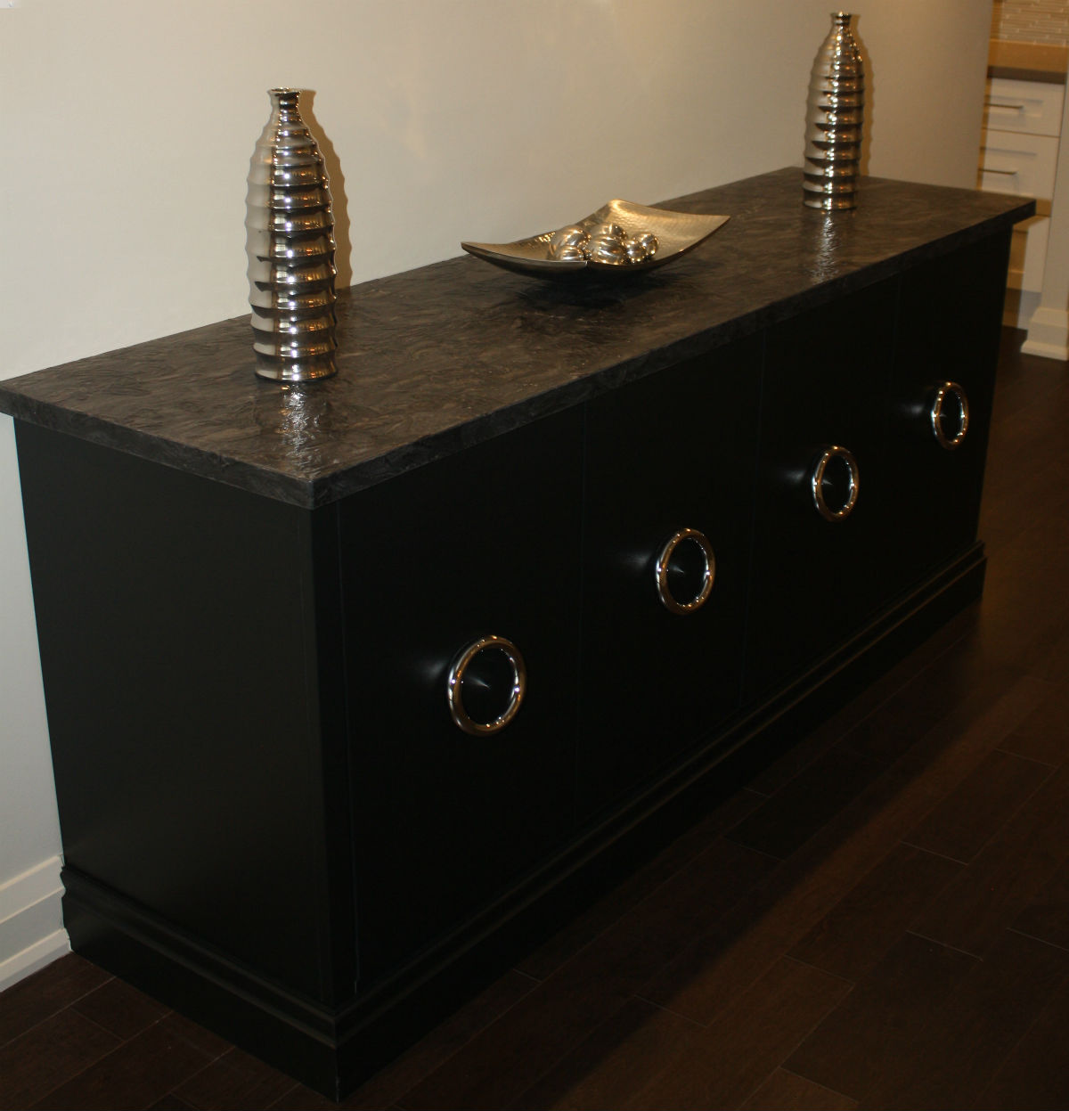 Custom Black Furniture Leather Countertop