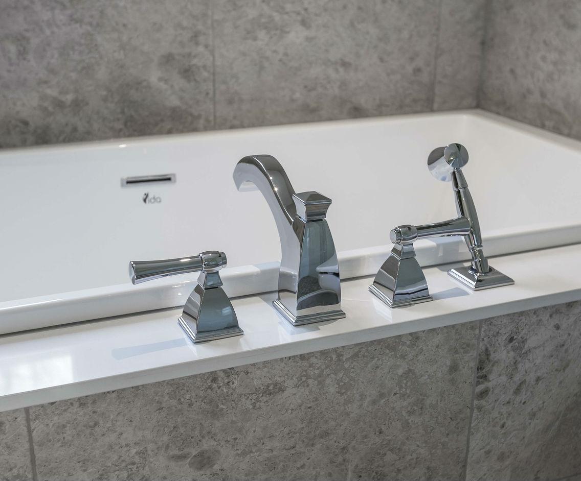 Bathtub Fixtures