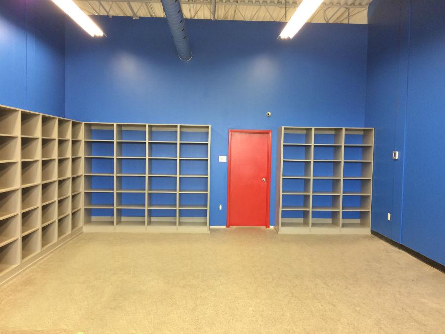 Toronto Retail Shelving, Display Shelves, Custom Merchandise Shelving Displays