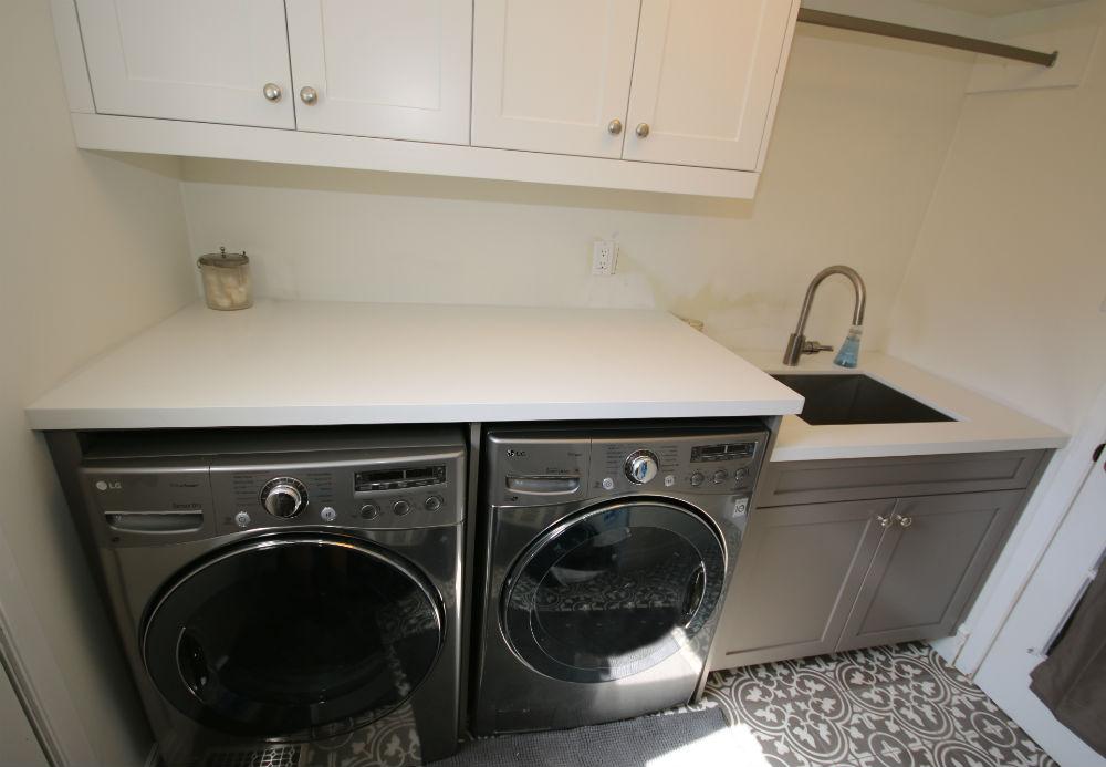 Oakville Laundry Room Reno